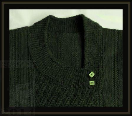 Green Clara neck